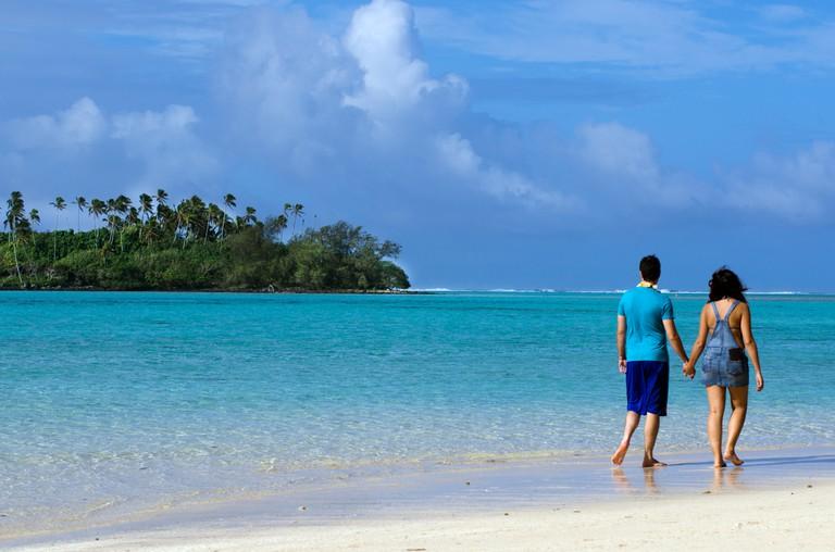 Rarotonga honeymoon couple