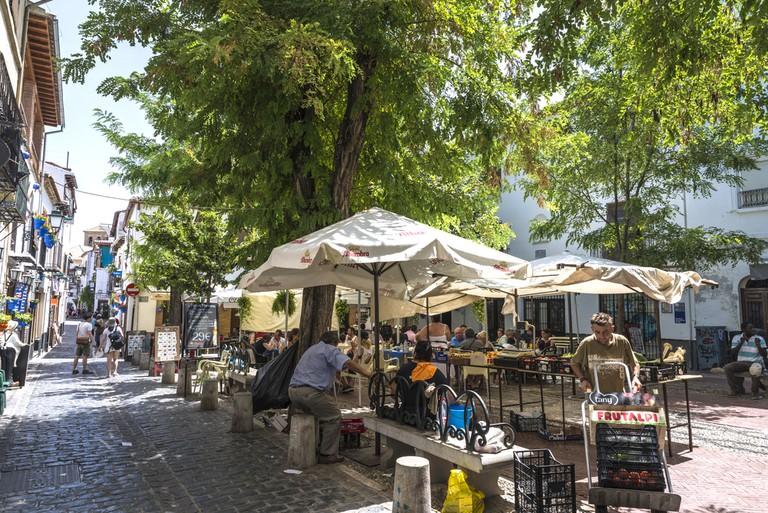 Plaza Larga's Saturday morning market
