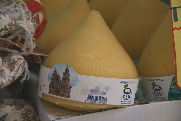 Galician Tetilla cheese | ©Tamorlan / Wikimedia Commons