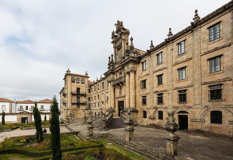 Monasterio de San Martín, Santiago de Compostela | ©Diego Delso / Wikimedia Commons
