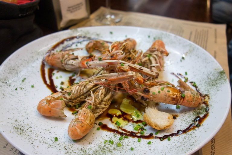 Grilled crayfish © Kent Wang