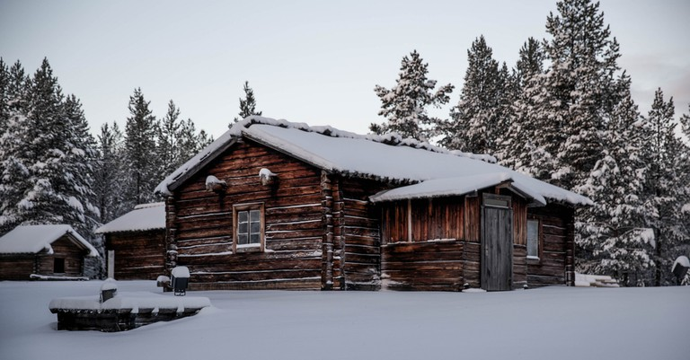 One of the log cabins at Siida