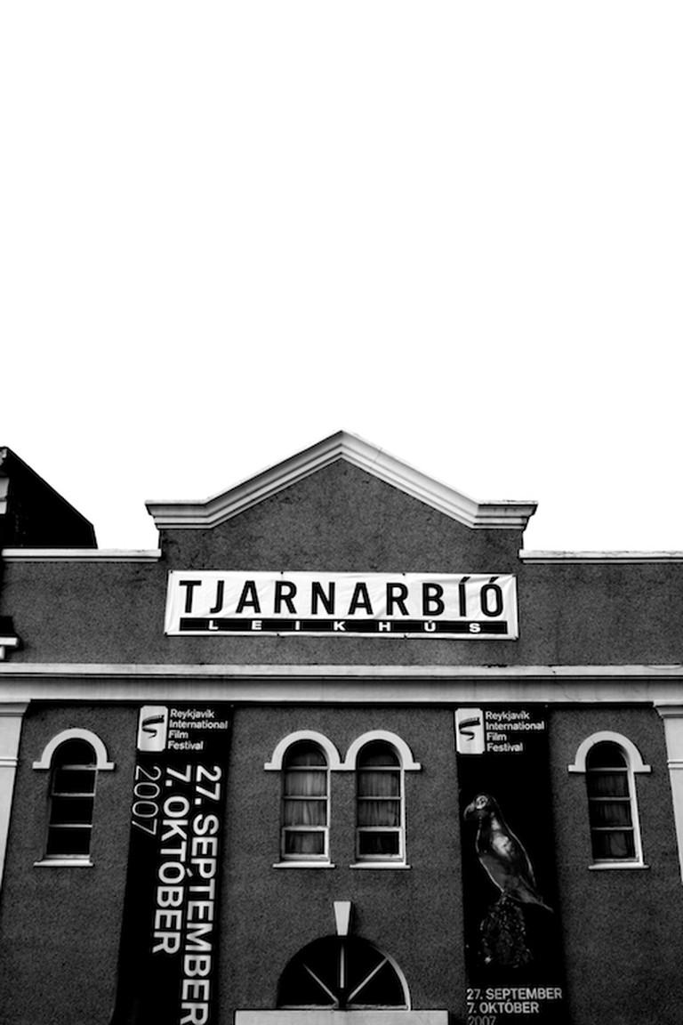 Tjarnarbio | © Helgi Halldorsson/Flickr