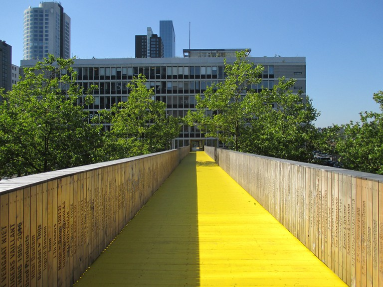 Luchtsingel's yellow pathways connect three parts of central Rotterdam
