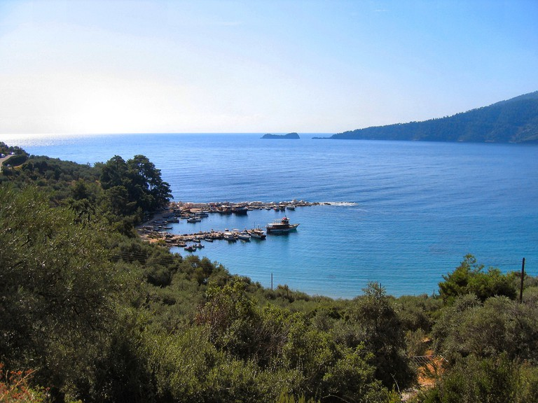 Small cove in Scala Panagia, Thassos island | © Ronald Saunders / Flickr