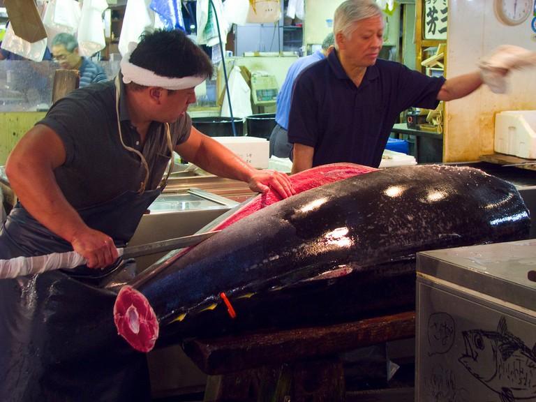 Tsukiji Tuna Auction @ Flickr