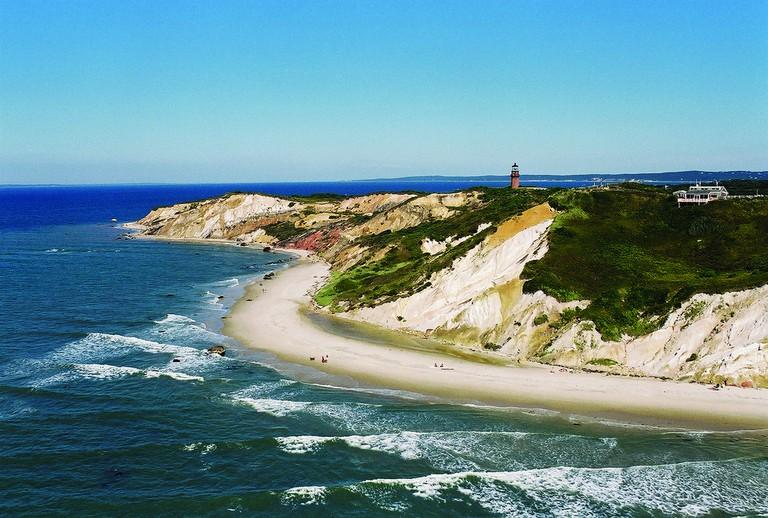 Aquinnah Cliffs | © Massachusetts Office of Travel & Tourism Follow / Flickr