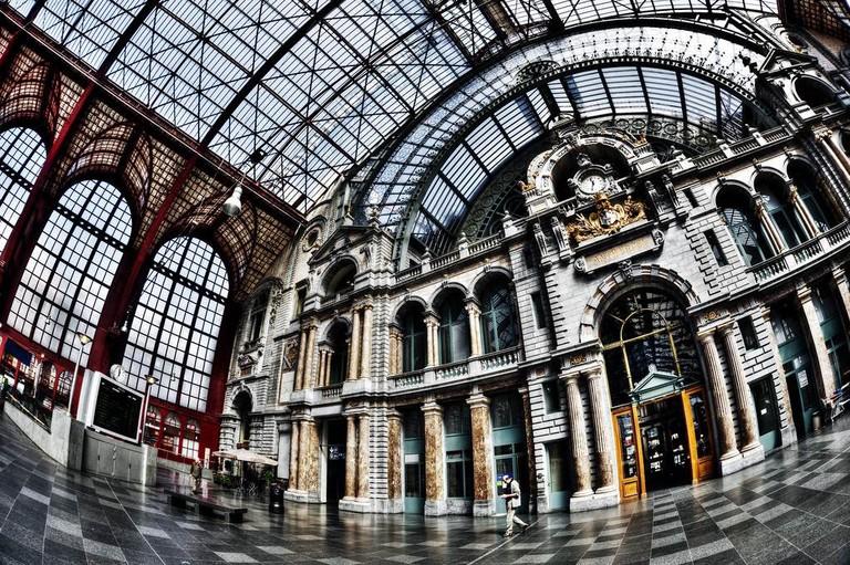 Antwerp Central Station | © Dave Van Laere / courtesy of Visit Antwerp