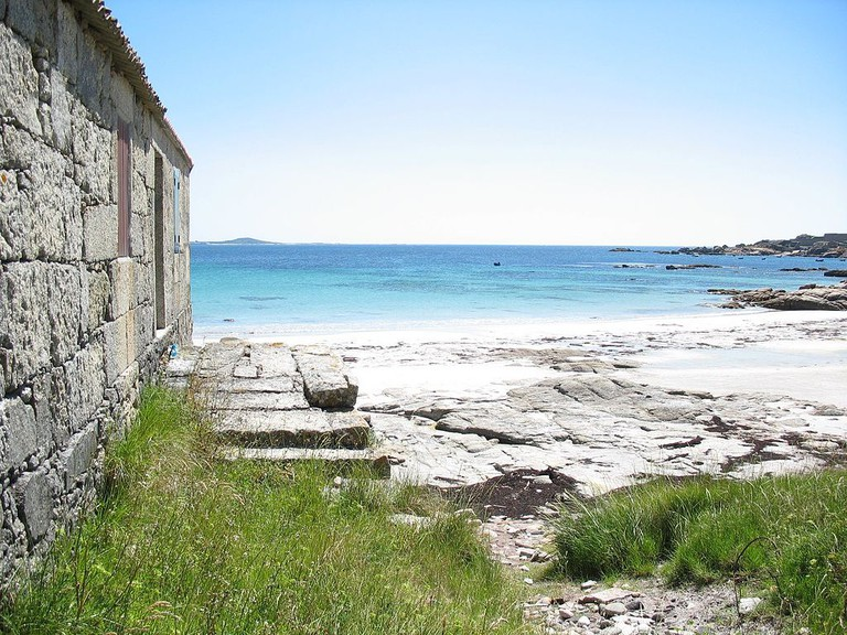 Carnota Beach, A Coruña, Spain | ©asincrono / Wikimedia Commons