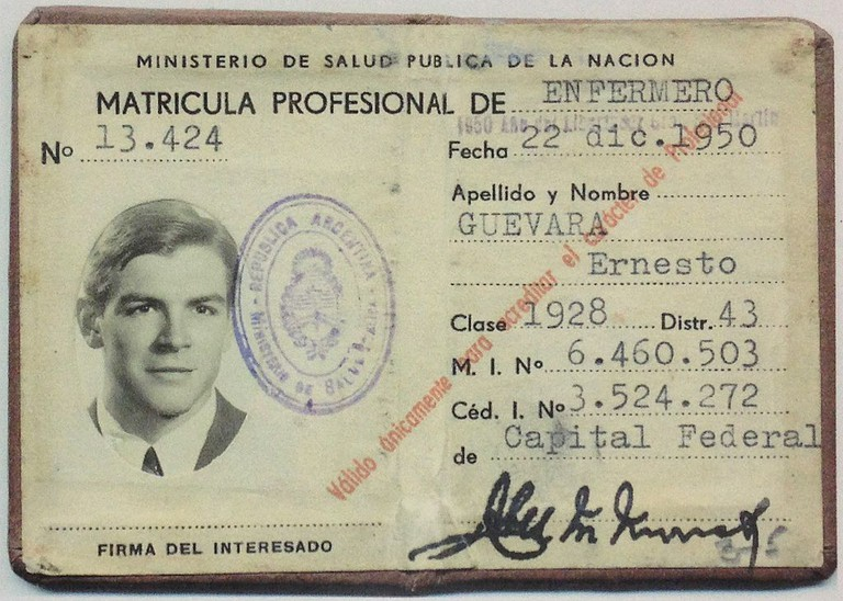 Medical student ID card of a younger Che, around the time he went travelling