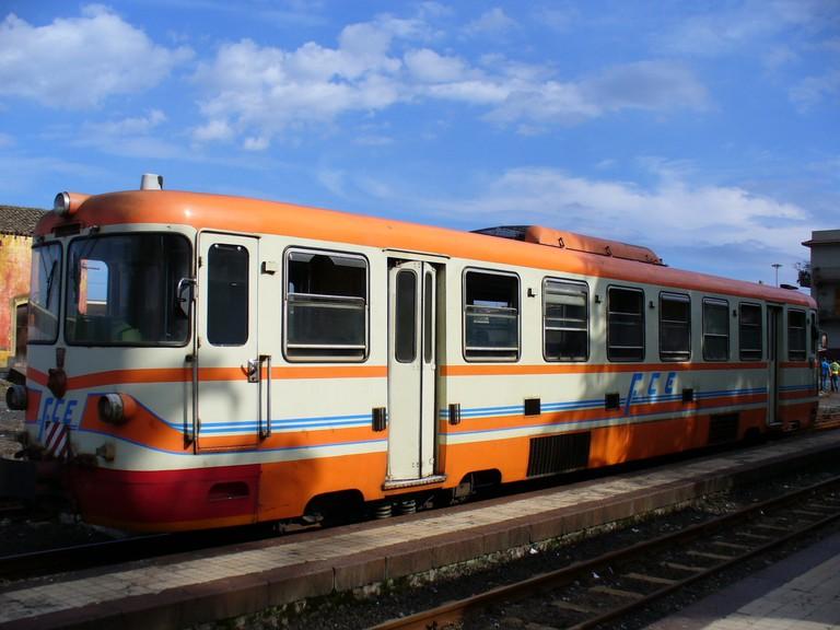 Ferrovia Circumetnea©Leandro Neumann Ciuffo:Flickr