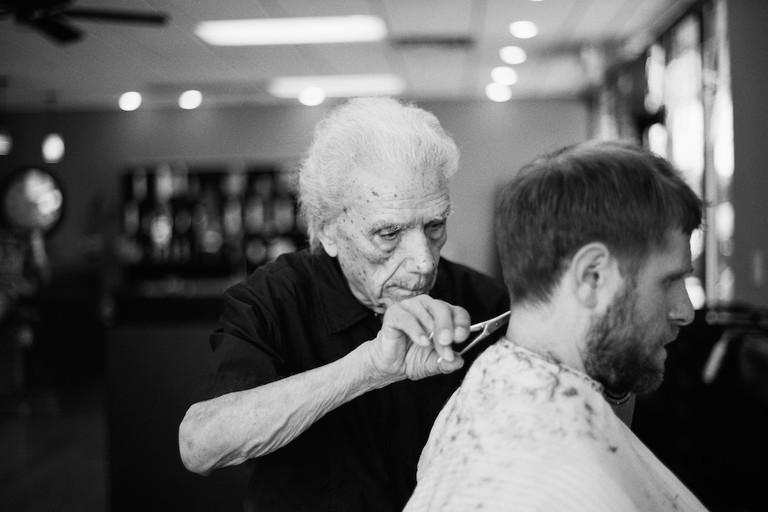 'The World's Oldest Barber' | © INFRINGE