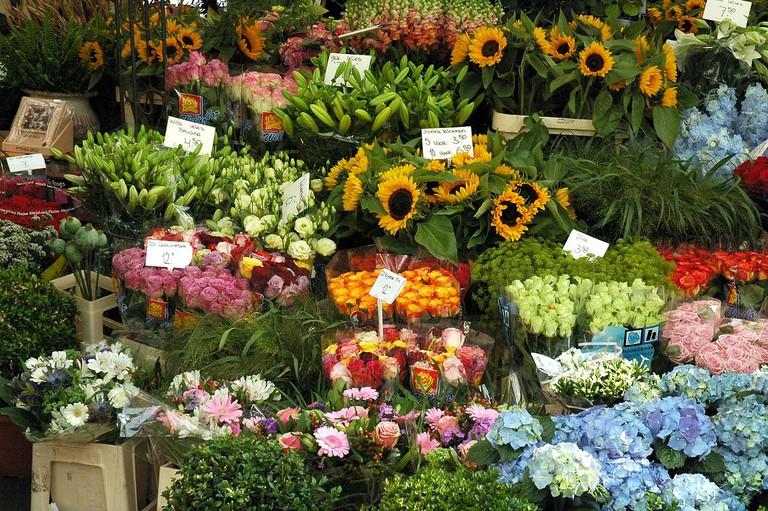 flower market | ©Jpatokal / Wikimedia Commons