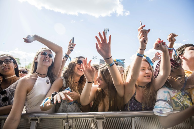Fans up front and ready for ScHoolboy Q.