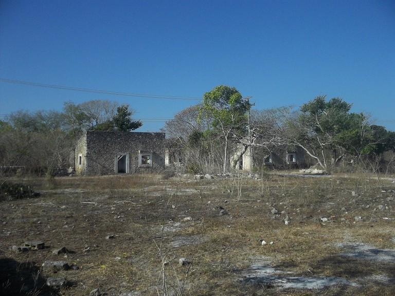 The crumbling remains of Misnebalam, Yucatán