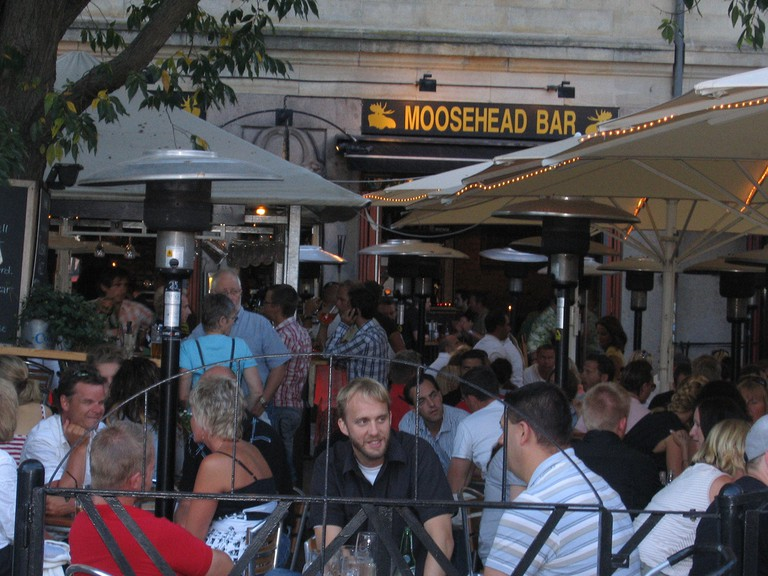 Grab an after dinner drink at Moosehead