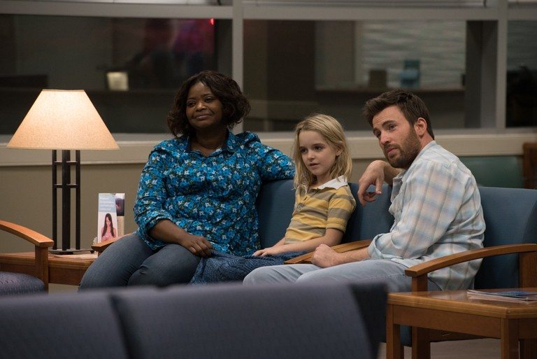 Octavia Spencer, McKenna Grace and Chris Evans in 'Gifted' | © 20th Century Fox