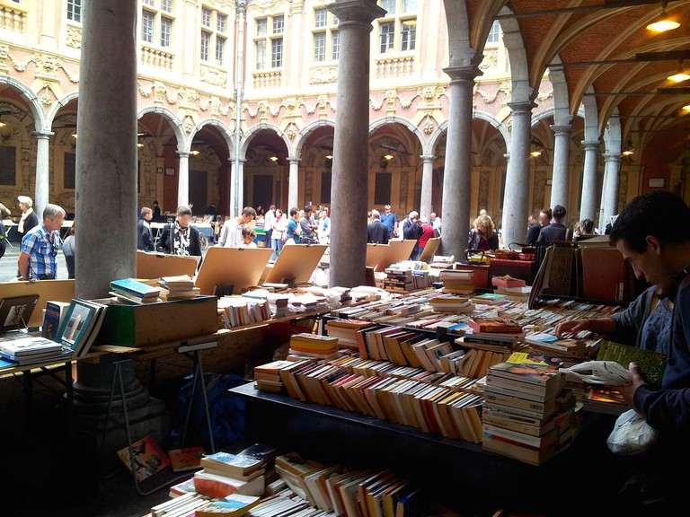 Second hand booksellers in the Vieille Bourse