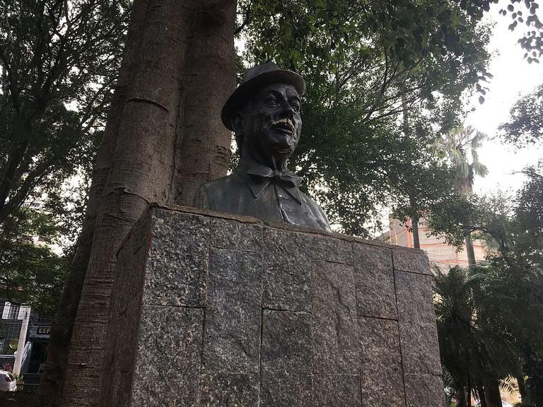Statue of Adoniran Barbosa, São Paulo