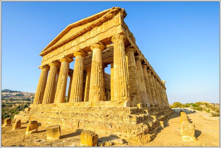 Valle dei Templi Agrigento, Sicily©Jos Dielis/Flickr