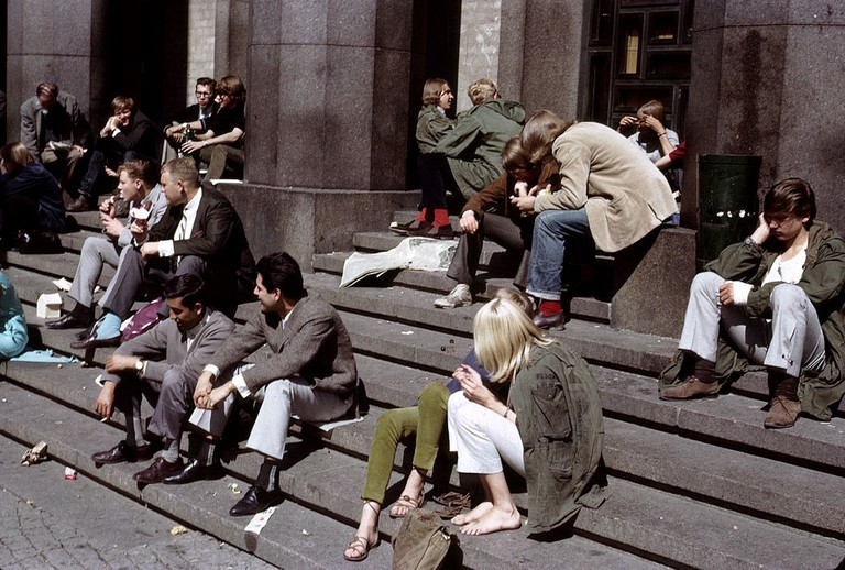 Stockholder's having been grabbing lunch and eating it on the steps of Konserthuset since time began (more or less) / Photo courtesy of Wikipedia Commons