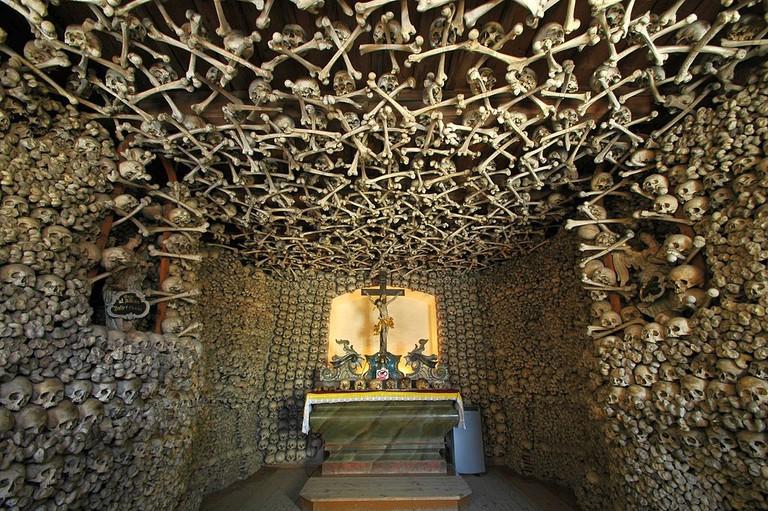 Inside Skull Chapel I