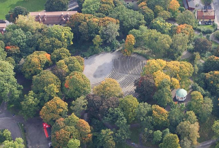 Vitakbergsparken's amphitheatre from above / Photo courtesy of Wikipedia Commons