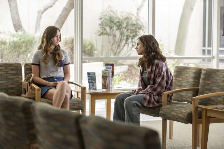 Sistering: Liana Liberato and Lily Collins in To the Bone