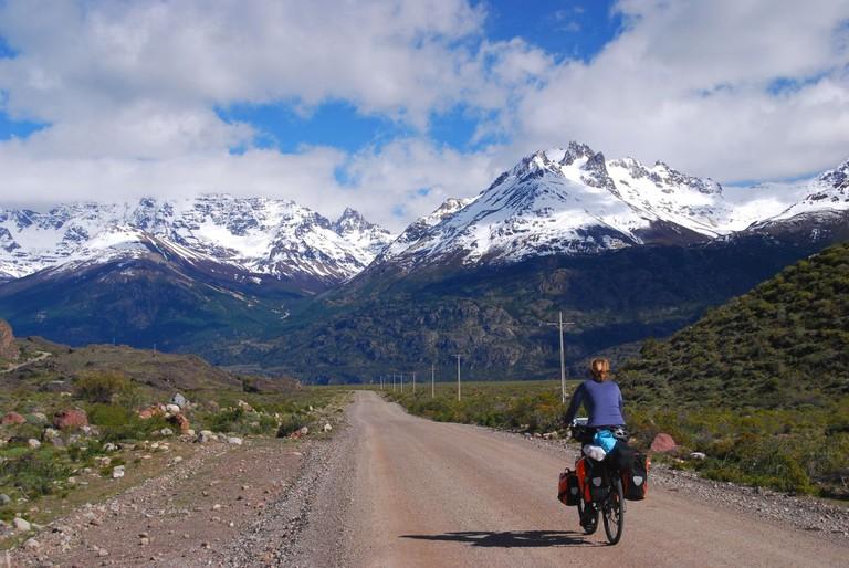 Cycling towards the Cordillera