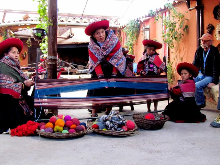 Weaving demonstration, Ollantaytambo, Sacred Valley, Peru