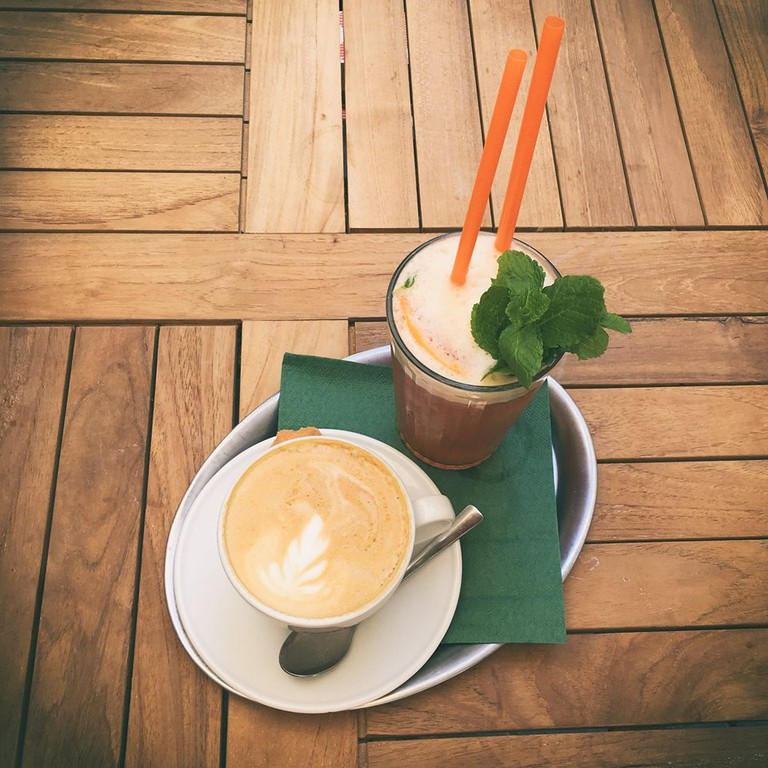 Dobre & Dobré provides customers with beautifully crafted coffees, teas, and much more