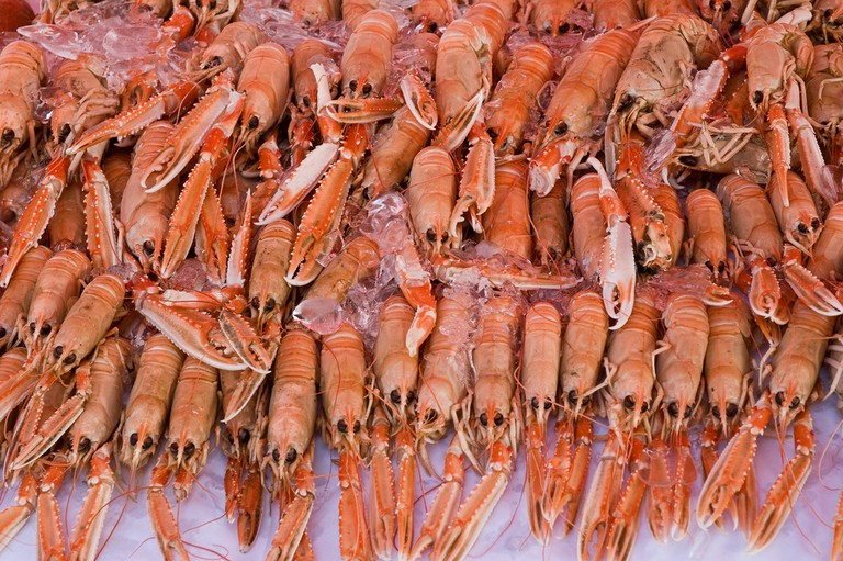 Crayfish at the market