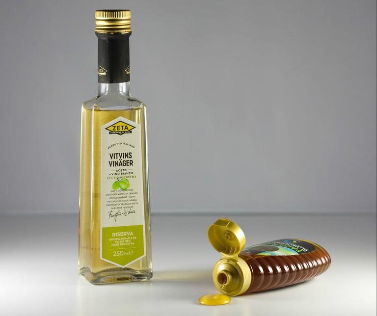 Vinegar and honey to bring up phlegm | © Gunilla G / Flickr