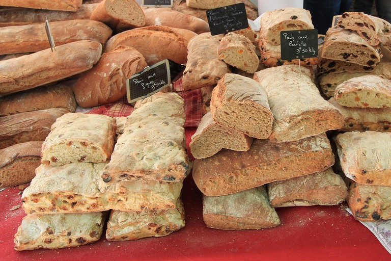 Sunday morning markets in Aix-en-Provence