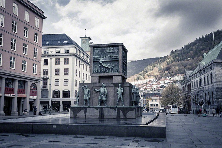 Each side of the monument celebrates a different historical period