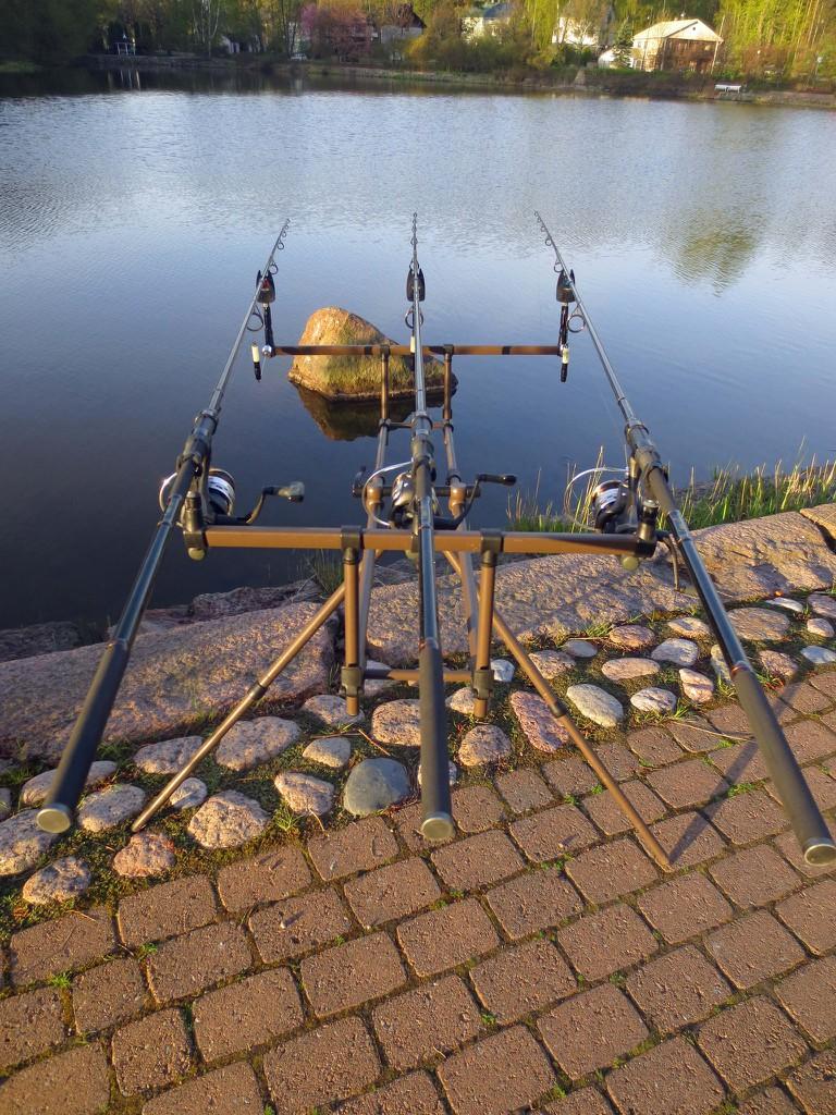 Fishing lines at Kotka / Ilkka Jukarainen / Flickr