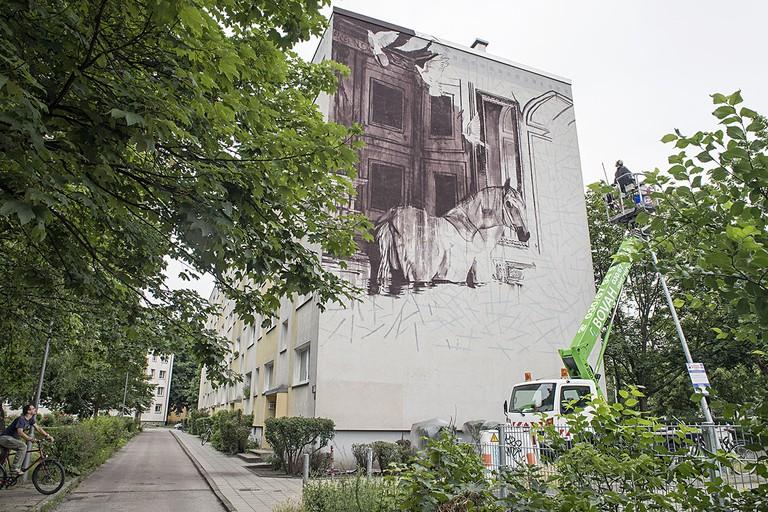 Progress shot, showing the grid technique used by the artist | © Nika Kramer / Urban Nation Berlin
