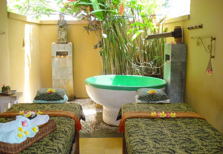 Spa and traditional massage in Bali