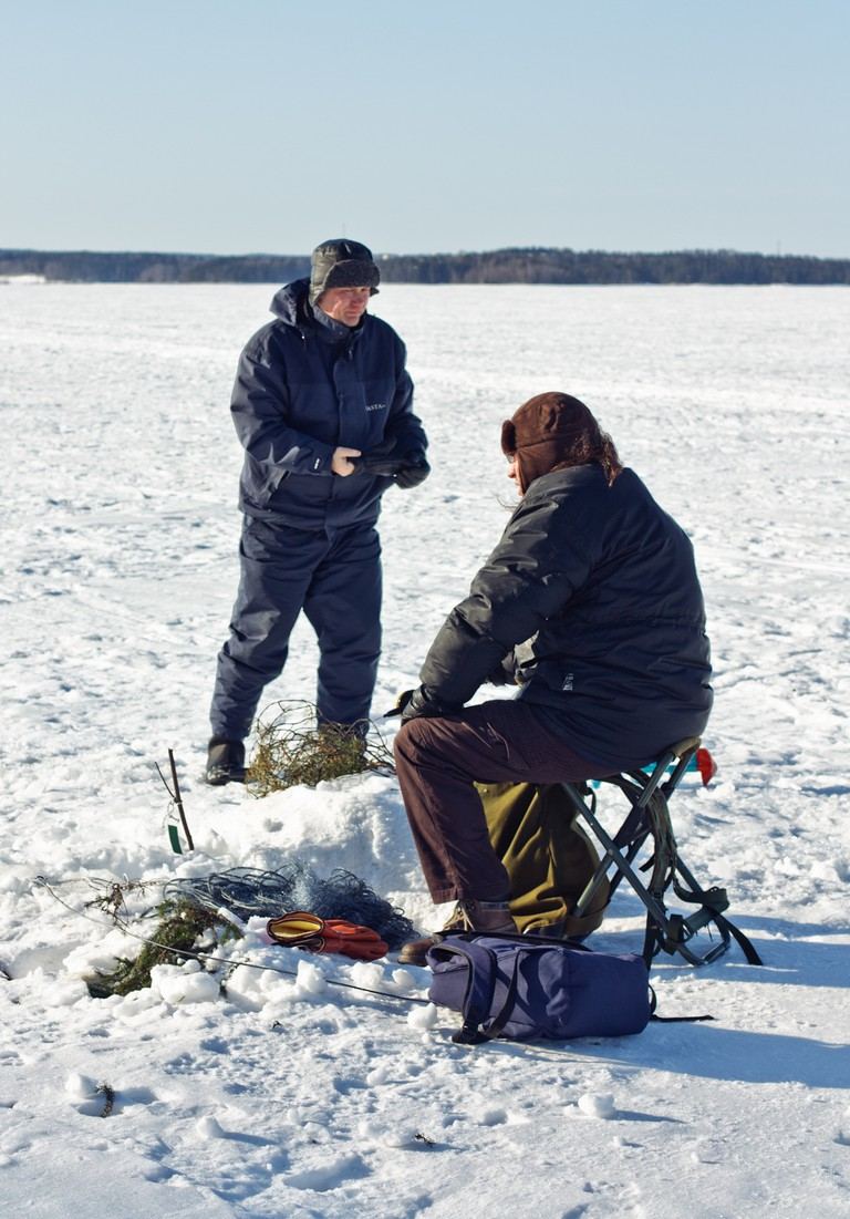 Ice fishing in Tampere / Antti-Jussi Kovalainen / Flickr