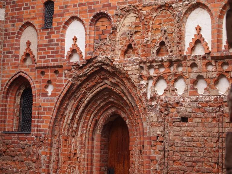 The courtyard of Häme Castle / Miia Sample / Flickr