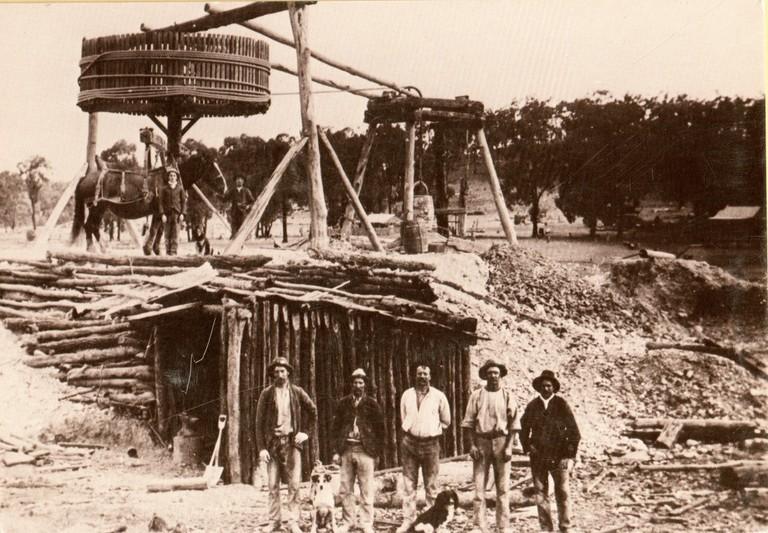 0122 Welcome Stranger Gold Mine, Baileston, Victoria, 1902