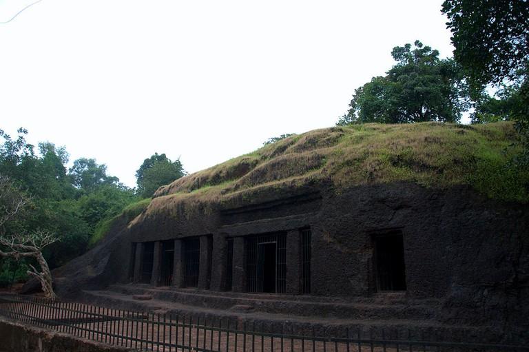 Arvalem Caves