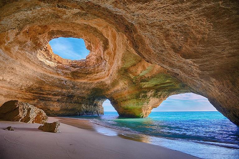 https://commons.wikimedia.org/wiki/File:Benagil_Cave,_Algarve.jpg