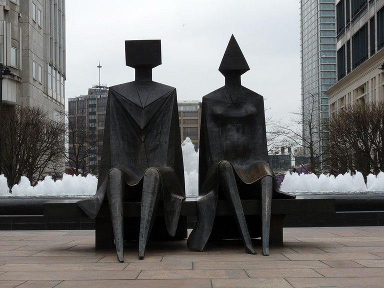 Couple on Seat by Lynn Chadwick, Cabot Square, Canary Wharf in March 2011