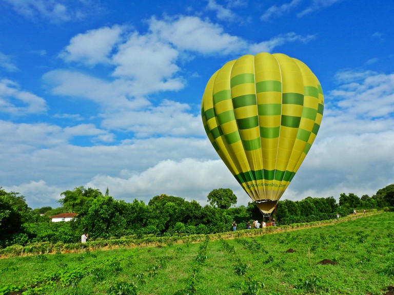 Flying a hot-air balloon over Quindio department