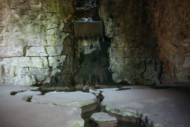 Grotto at Parc des Buttes Chaumont │© Kim Grant for Culture Trip