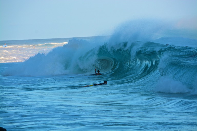 Large Sandy shore break
