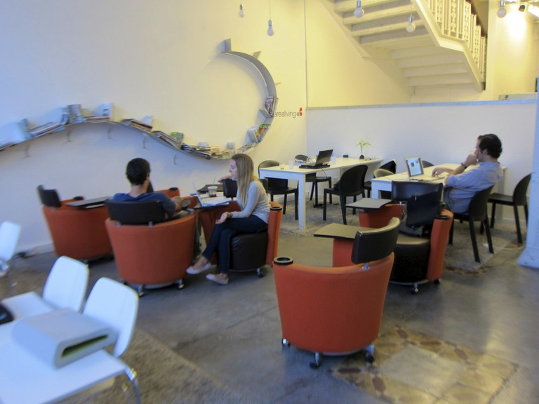 AreaTres coworking space