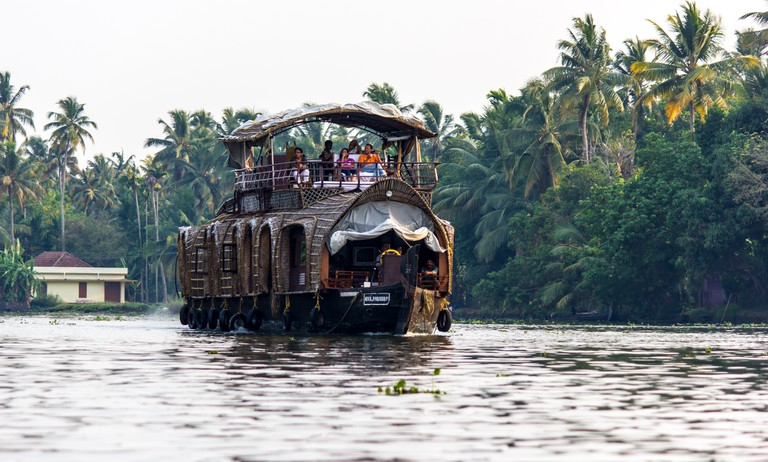 Boathouse tour across Kerala backwaters | © Silver Blue / Flickr