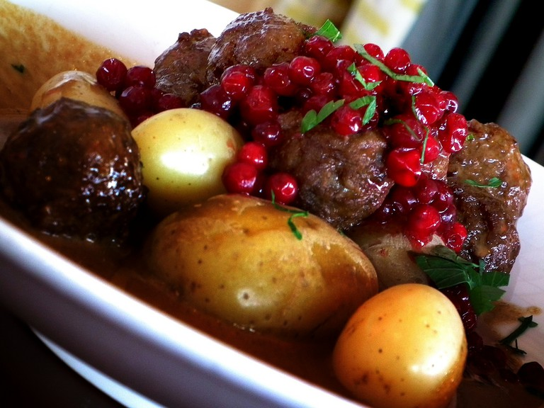 Köttbullar – boulettes de viande – meatballs